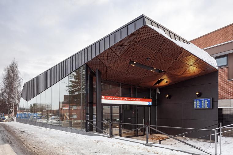 芬兰阿尔托大学地铁站