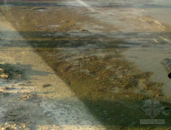 新型耐磨硬化地坪材料使用质量控制