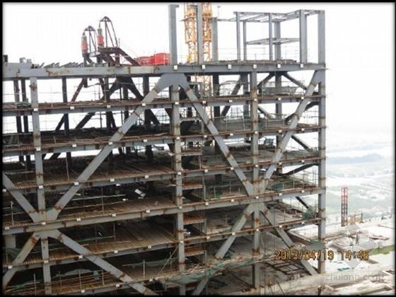 [QC成果]高层建筑非对称巨型钢桁架安装方法研发