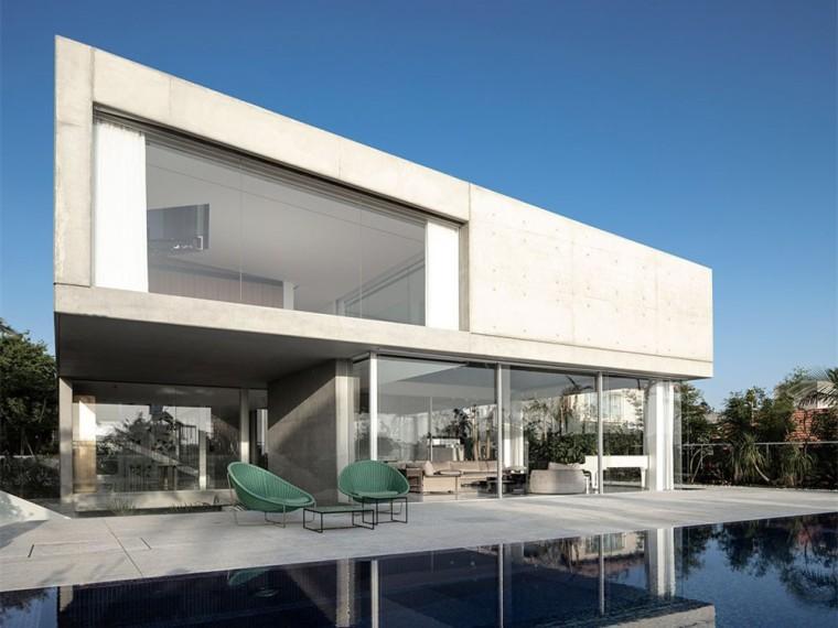 以色列三角形缕空立面的住宅