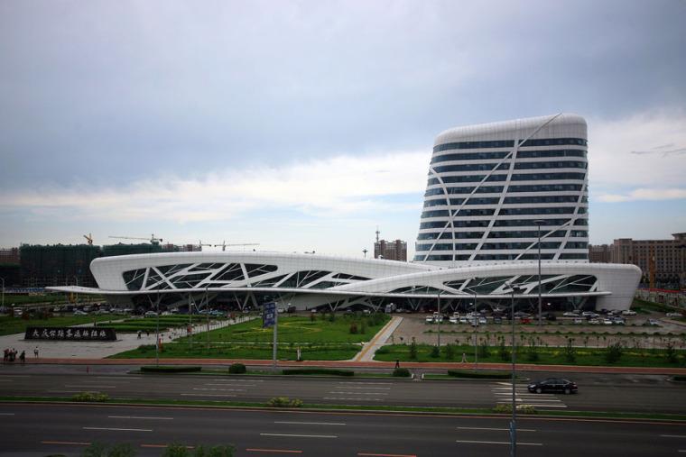 哈尔大庆滨公路客运枢纽站_3