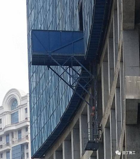 一种新型全钢式升降脚手架,在这里施工就像在室内施工一样_55