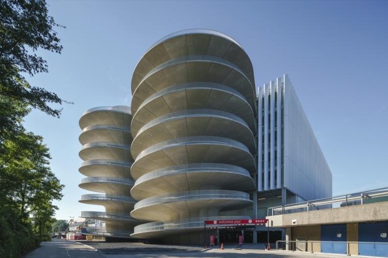 荷兰停车场大楼-1