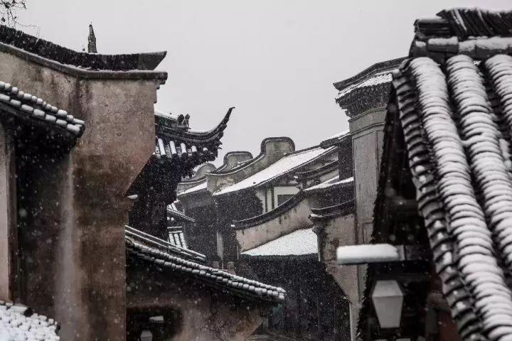当最美的古镇下了雪,简直惊艳了整个冬天_12