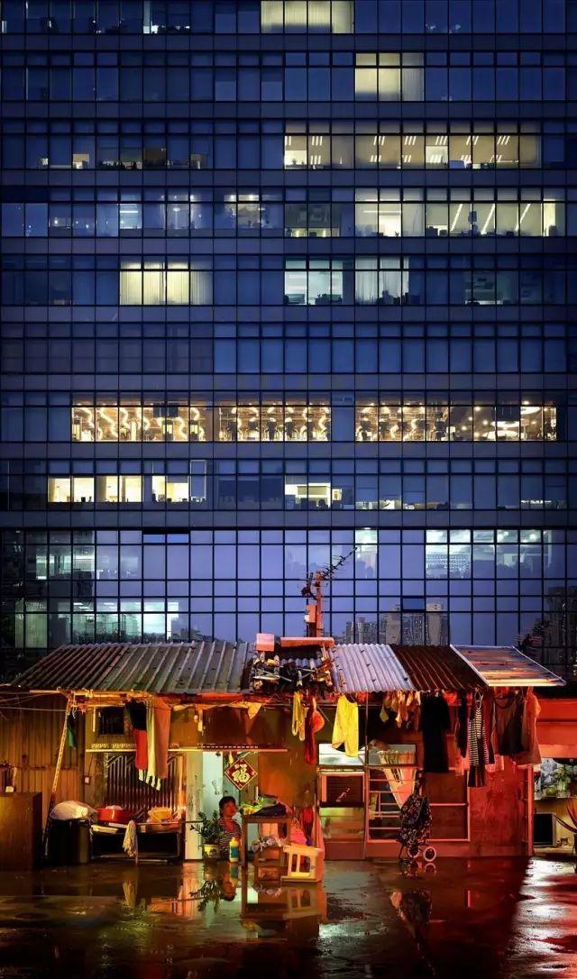 """没见过香港的""""棺材房""""都不知道我们住得多幸福_36"""