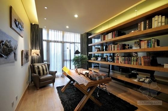 [北京]古典欧式主义两层别墅设计装修图(含实景)书房实景图