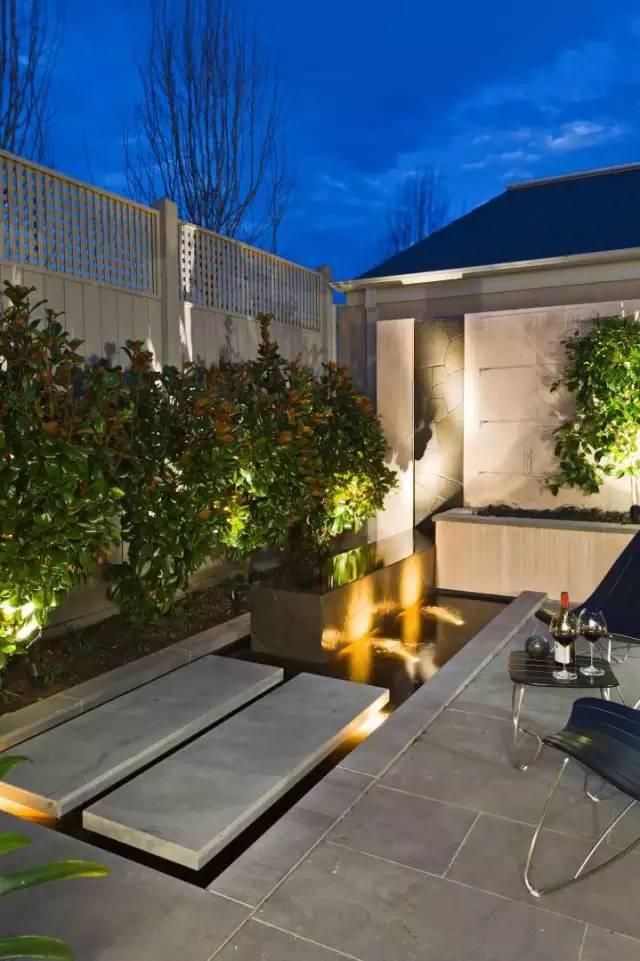 赶紧收藏!21个最美现代风格庭院设计案例_145