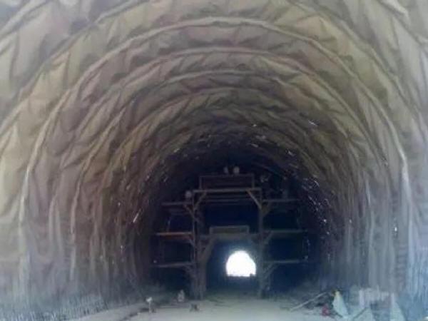 隧道超欠挖控制措施探讨(上)