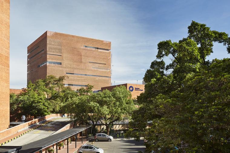 朴素红砖,花园医院