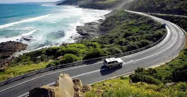 全球颜值最高的18条景观公路,其中二条在中国!