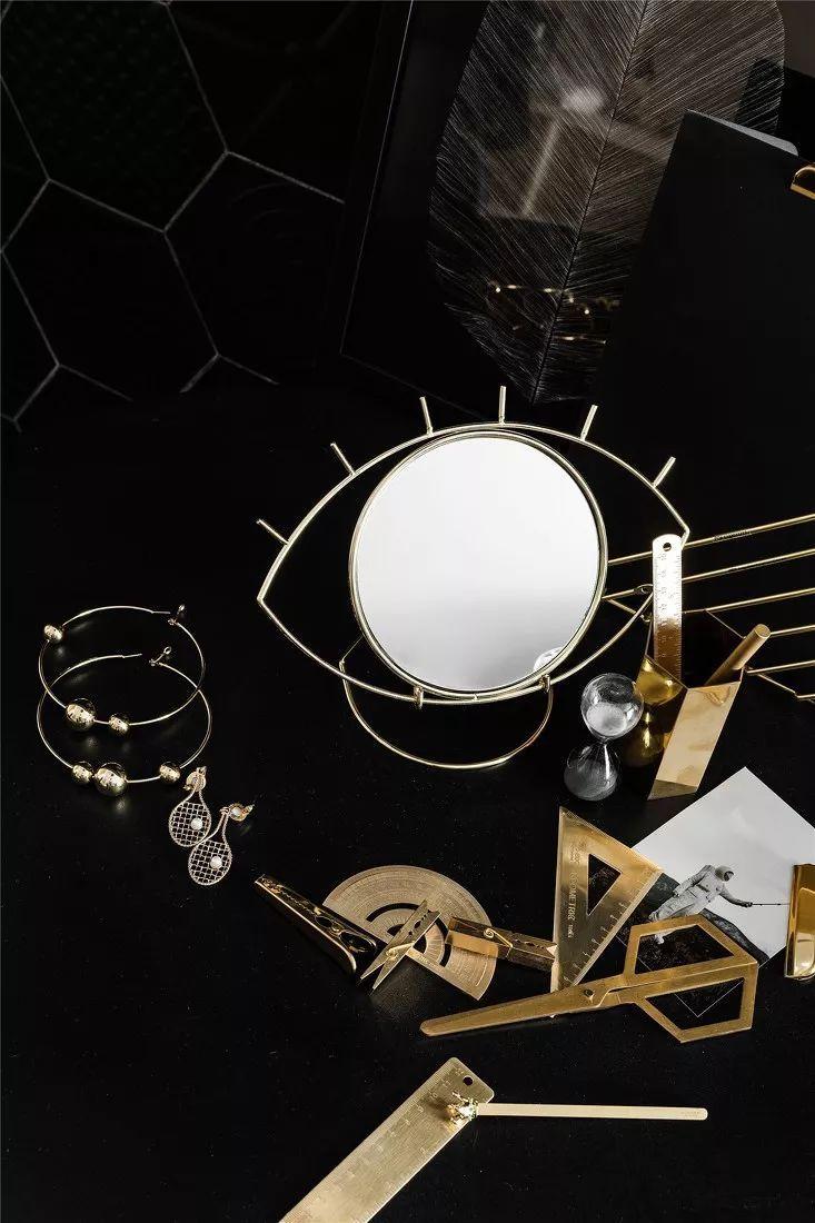 金属黄铜,迄今高级质感室内设计的黄金点缀师!