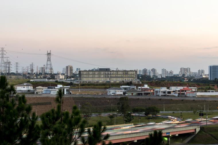 巴西安汉比莫隆比大学新建筑-7