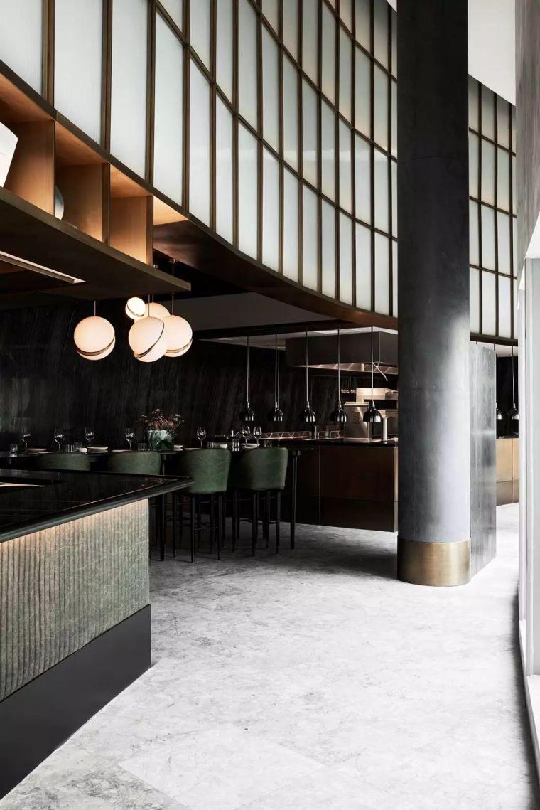 迪拜地标旁的2000平米超大餐厅,精致细节成就奢华设计_17
