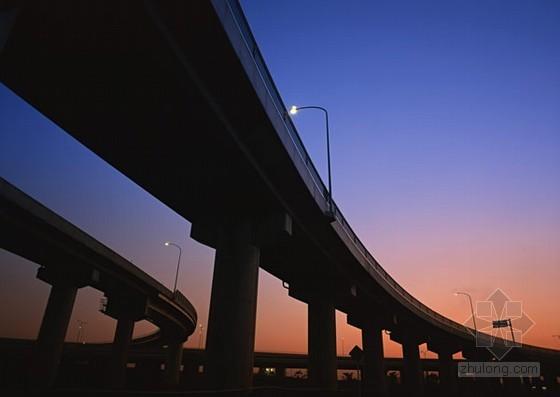 新建成渝铁路客运专线某高架特大桥科技创优规划