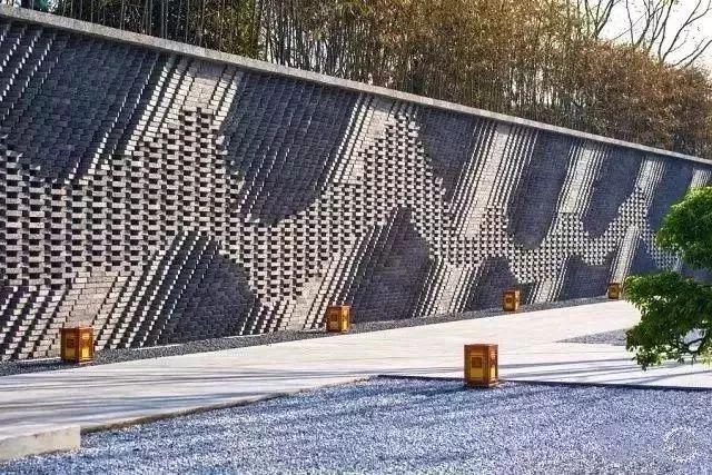 以墙为画_23
