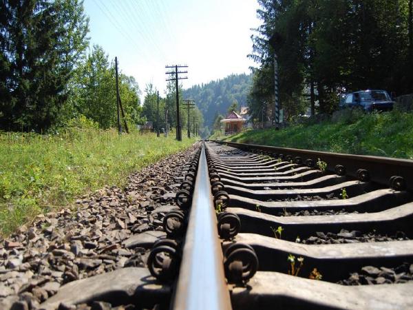 铁路货运发展物流问题浅析(毕业论文)