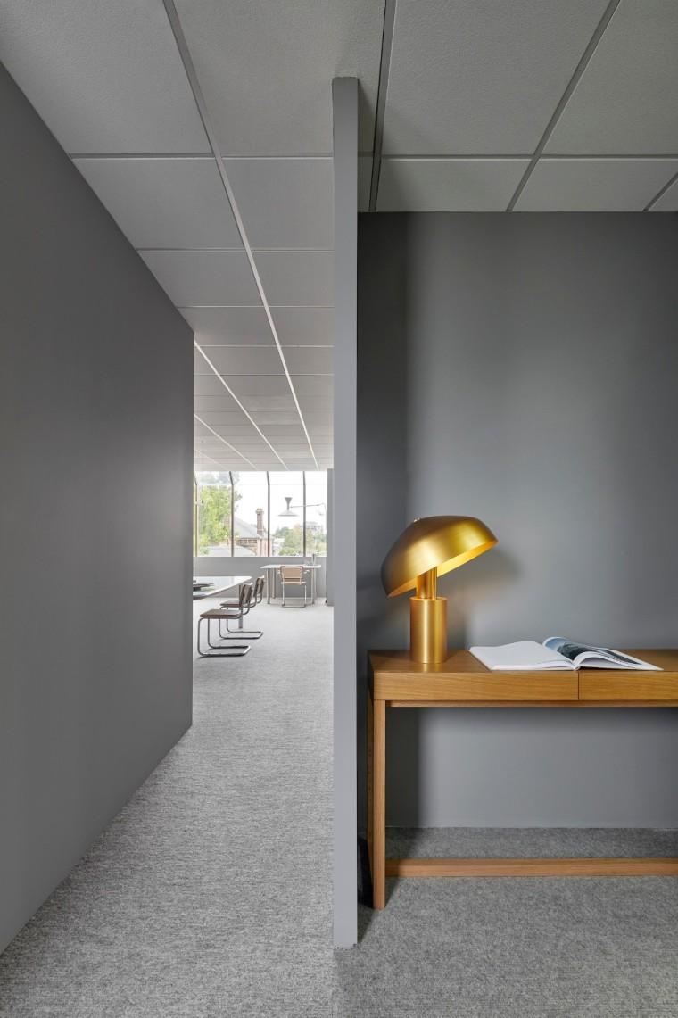 澳大利亚的极简主义办公空间-213569