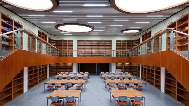 環保簡便已經成為學校圖書館裝修的走勢核心