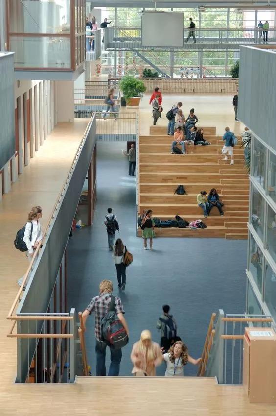 """你以为炫酷的大台阶设计就是画一个超大的""""单跑楼梯""""?_20"""