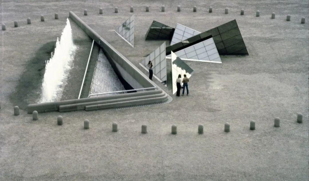 致敬贝聿铭:世界上最会用「三角形」的建筑大师_20