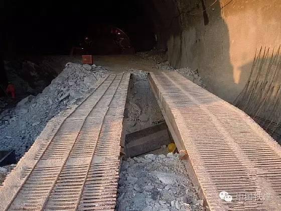 隧道施工的未来:机械化PK人海战术!_4