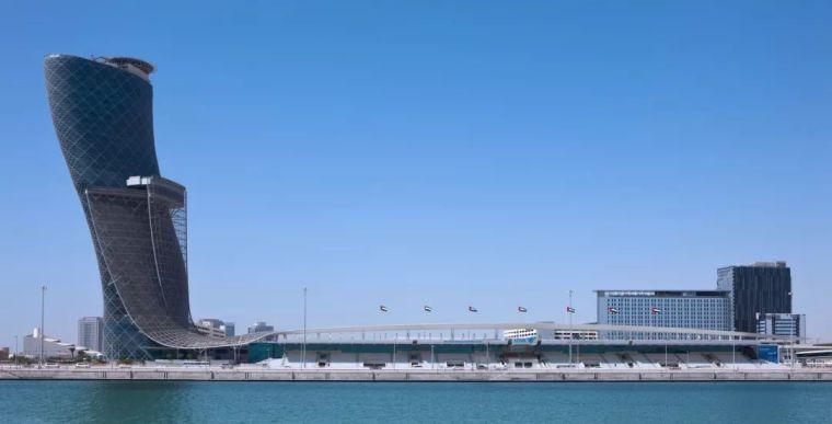 首都门厅――世界上倾斜度最大的塔楼_2