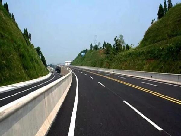 高速公路边坡设计