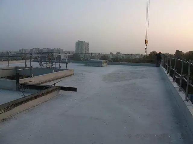 从准备到完工,看看法国建筑工地现场怎么样?_22