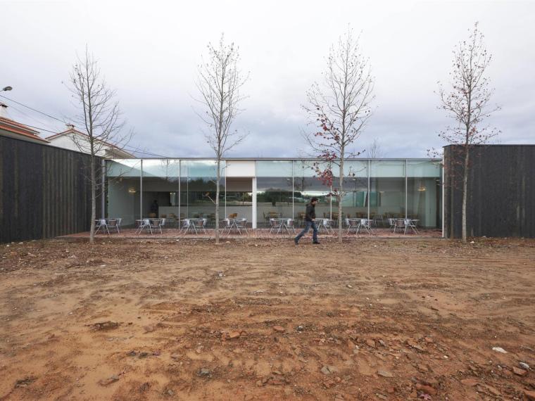 葡萄牙MiguelTorgaSpace文化中心_1