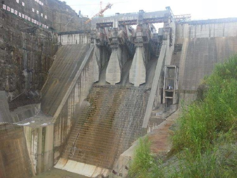 填埋场A单元环场坝及分割坝填筑施工方案