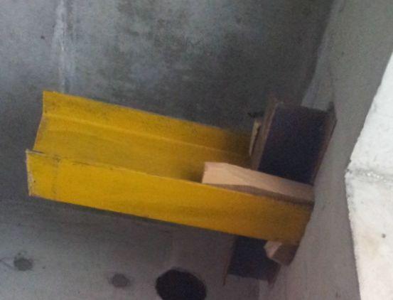 高空大跨度悬挑连廊施工工法