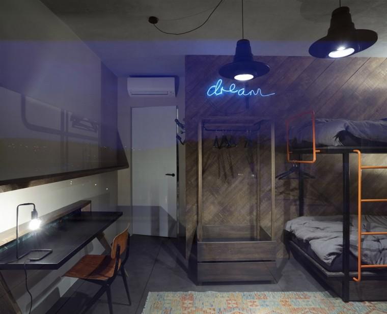 """""""非典型""""工业风-布拉格公寓设计_14"""