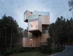 安徽齐云山 —— 可以攀爬的奇妙树屋