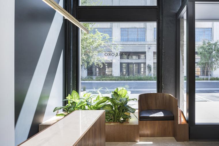 美国Vrai&Oro珠宝店-3