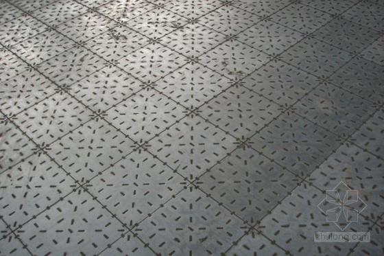 [QC成果]重工业厂房钢地砖的铺贴施工新方法