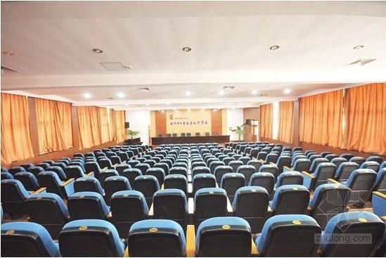 [内蒙古]学校报告厅室内装修工程投标报价书(工程量清单计价)