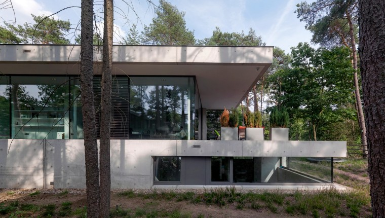 荷兰混凝土板组成的Zeist住宅-3