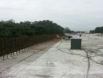 提高墙式护栏外观质量控制