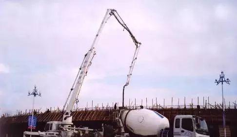这样就能快速解决泵送混凝土堵管问题