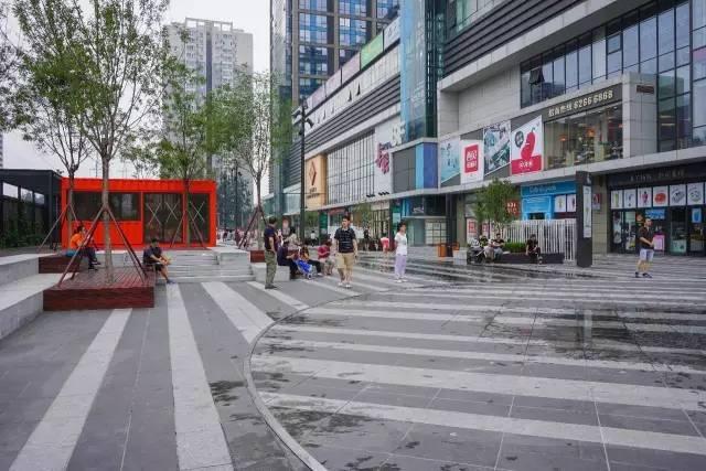 一个单词产生的设计灵感,结果火了北京的商业广场~_16