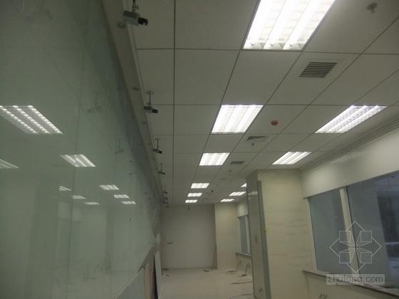 [天津]国际化金融股份制公司现代办公楼装修施工图(含实景及报价表)实景图