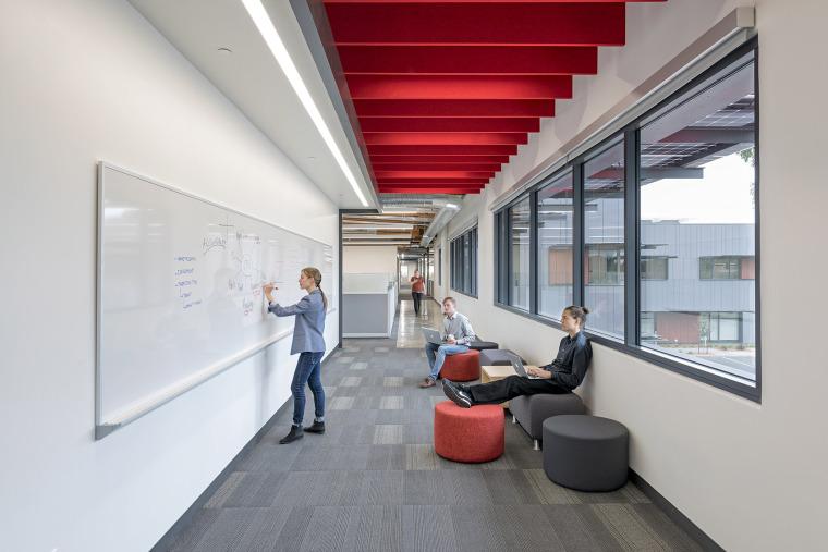 美国Xilinx总部大楼改造-15