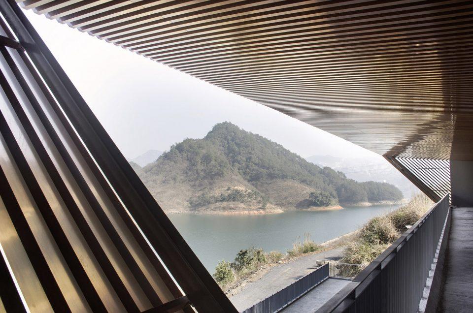 [分享]【建筑案例】千岛湖进贤湾东部小镇索道站设计