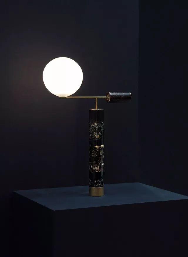 你家的灯已经OUT了!看看这八款高颜值又实用的灯具_12