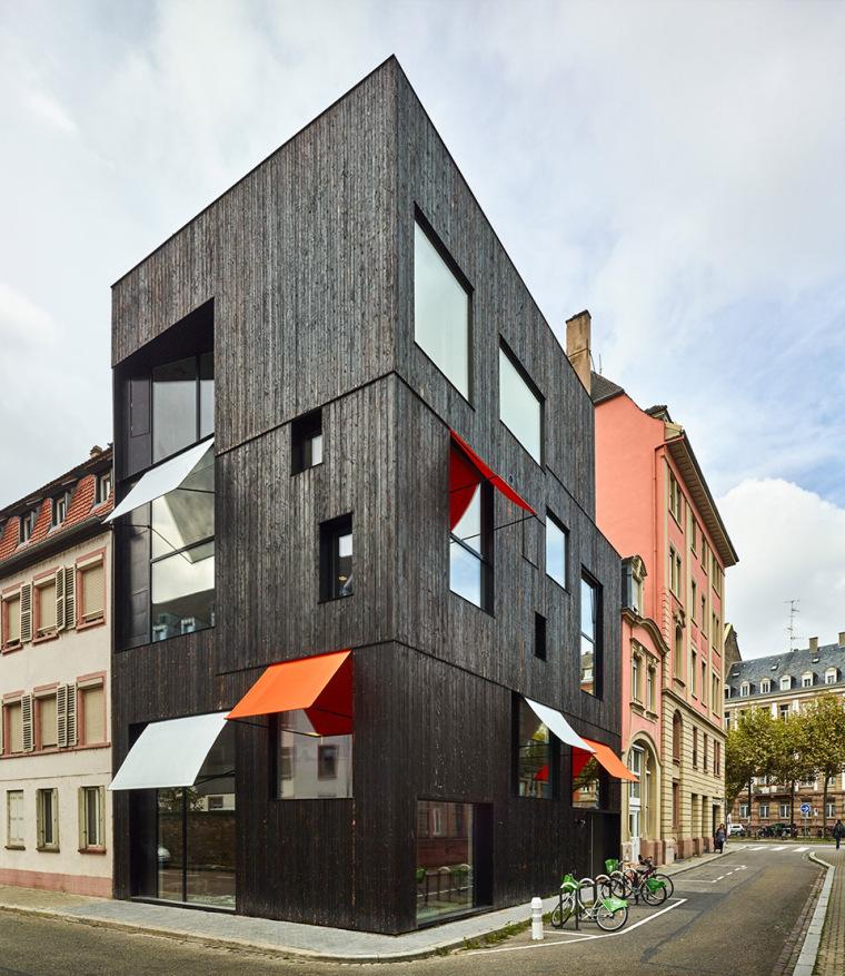 法国斯特拉斯堡办公室与住宅建筑