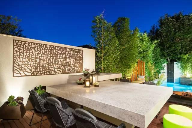 赶紧收藏!21个最美现代风格庭院设计案例_9