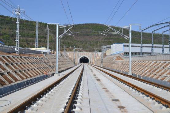 BIM技术在石鼓山隧道设计阶段的应用