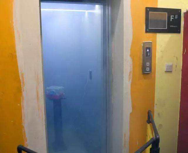 这个实验告诉你发生火灾为什么不能做电梯!_6
