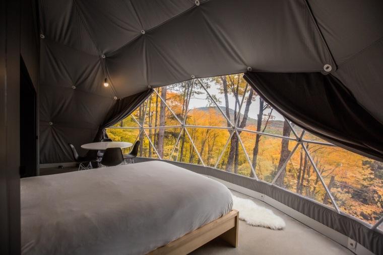 加拿大树林里的球状帐篷旅馆-8