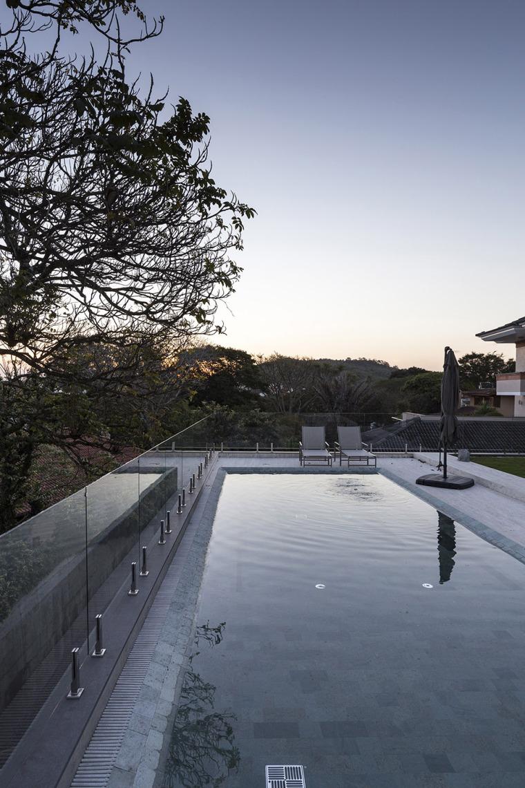 结构与空间融合的JardimdoSol住宅-10
